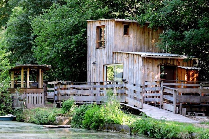 LA CABANE : hébergement  écologique nature