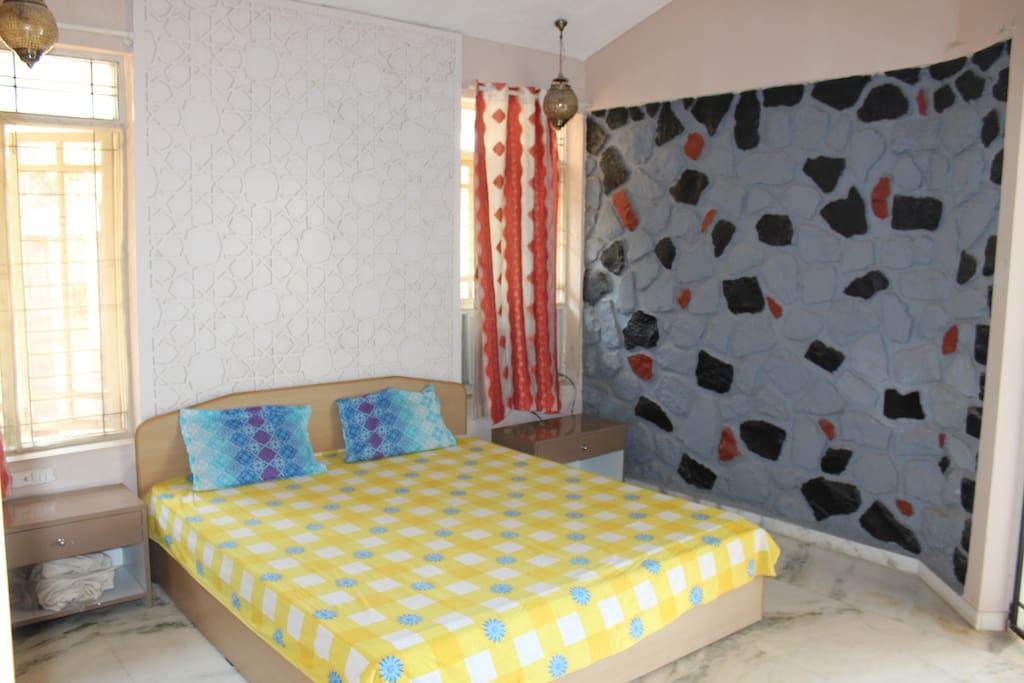 Master bed room 1