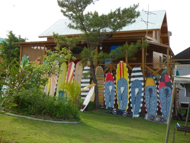 TROPICAL SURF HOUSE & SUP KITESURF SNORKEL TATAMI - Onna-son - House