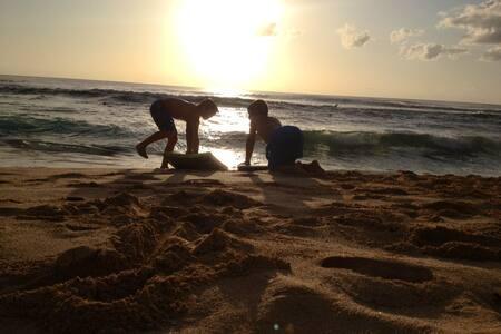Beach Studio on Sunset Beach-World's best Surfing - Haleiwa