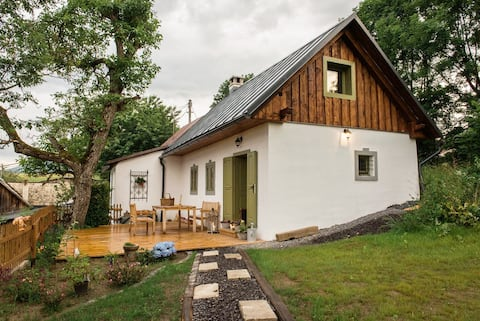 """Sky above Štiavnica - """"green"""" cottage with a view"""
