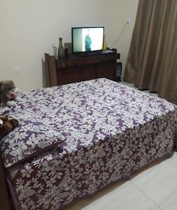 vaga quarto com cama de casal, valor p 1 pessoa