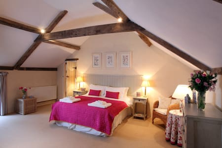 Spacious, family-friendly North Norfolk house