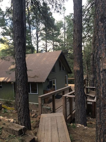 Cozy Mountain Bungalow--Spring Specials! - Flagstaff - Bungalow