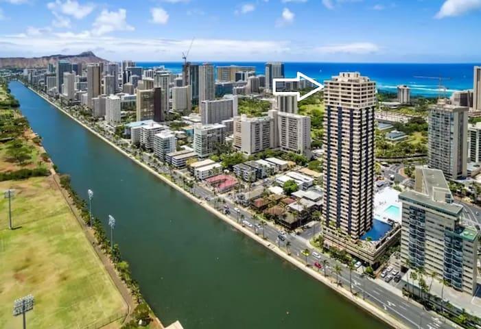 Waikiki Beach Penthouse Downtown Honolulu, Hawaii