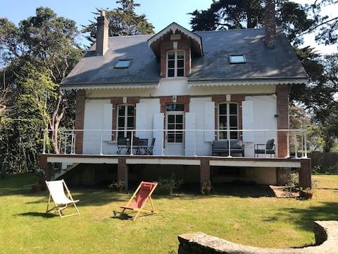 Maison Beauséjour rénovée Bois de la Chaise