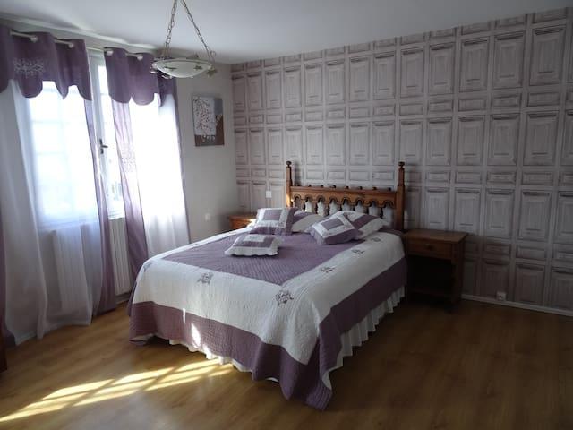 """""""La Mauve """" chambres d'hôtes Le Muguet"""