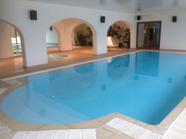 Pips Lodge and Spa with indoor heated pool - Alkham