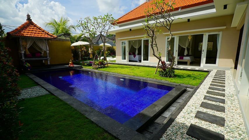 Private Villa at Echo Beach - Single room