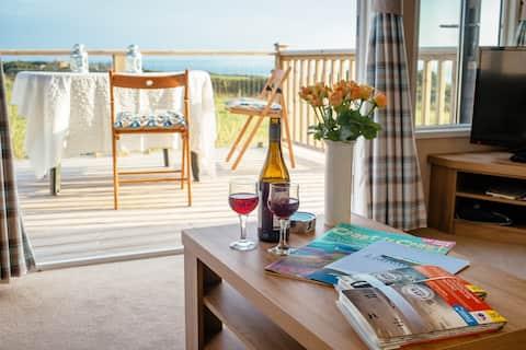 Grassholm - luxury caravan, wonderful sea views