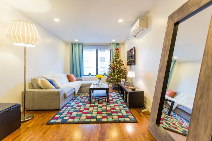 Beautiful apt 2 blocks from Central Park