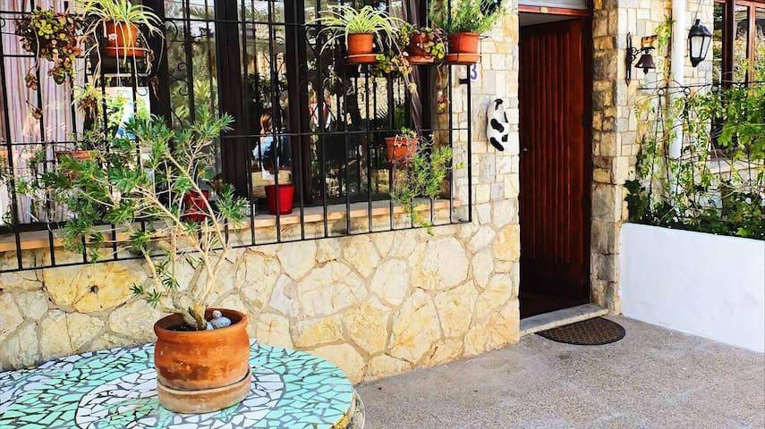 Beautiful Mallorcan family home in Palmanova - Palmanova - บ้าน