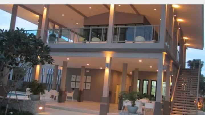 Baan Peang Ploen Condominium B~524