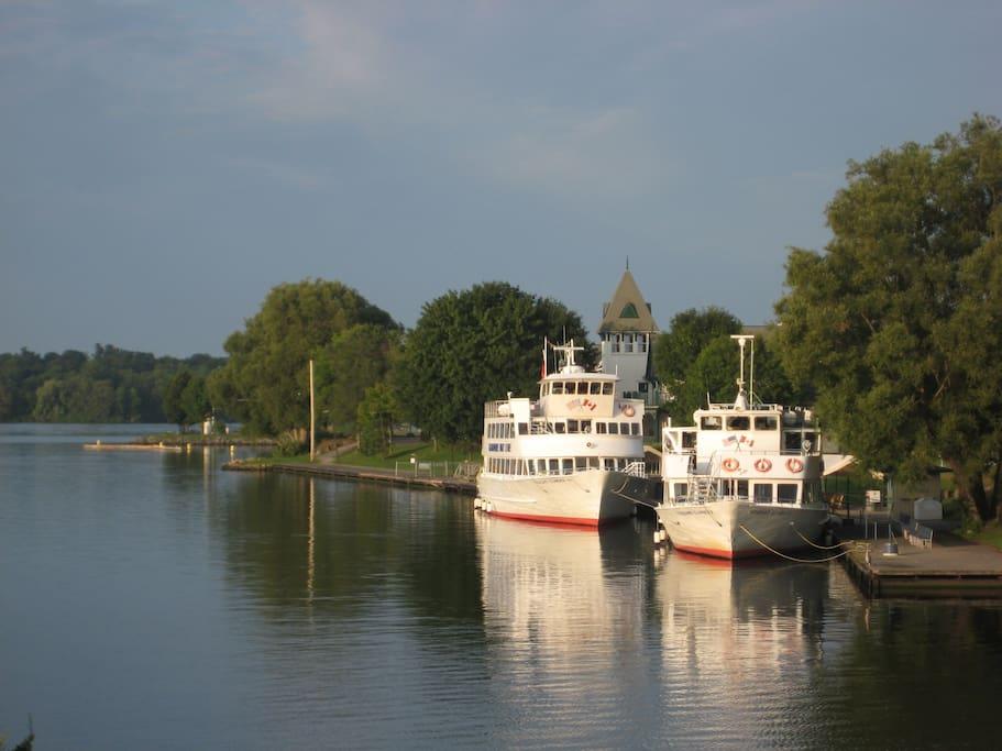 The Gananoque Boat Line Tours