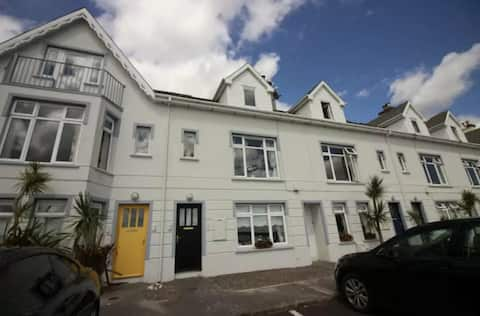 Luxury apartment with great views of Cork Harbour