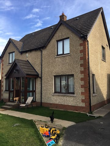 Detached house in a beautiful area - Innerleithen - Casa