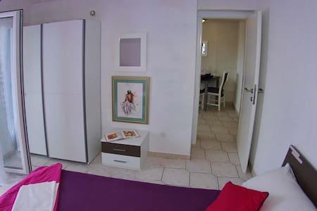 Apartments Alenka / Two bedrooms A2 ROYAL - Makarska