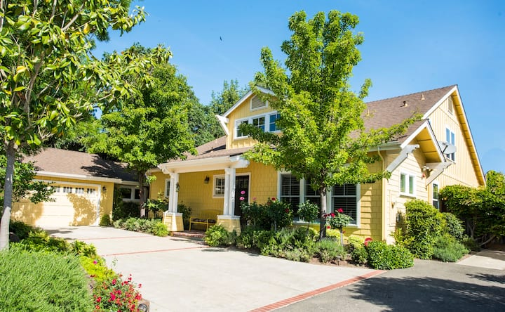 Ideally Located for Visiting Sonoma and Napa