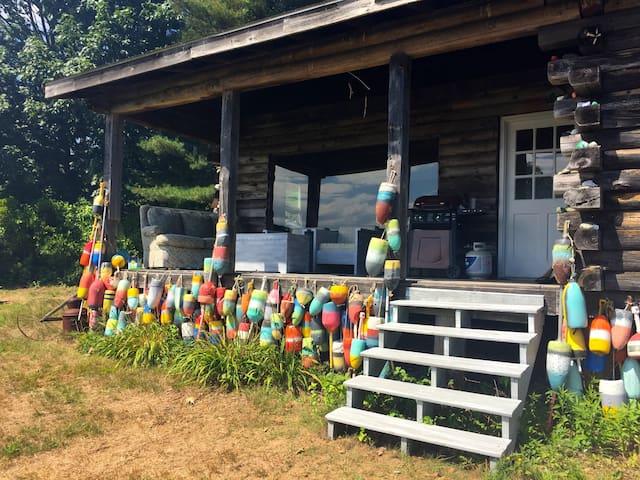 Summer Cabin -Strudivant Island - Cumberland - Cabin