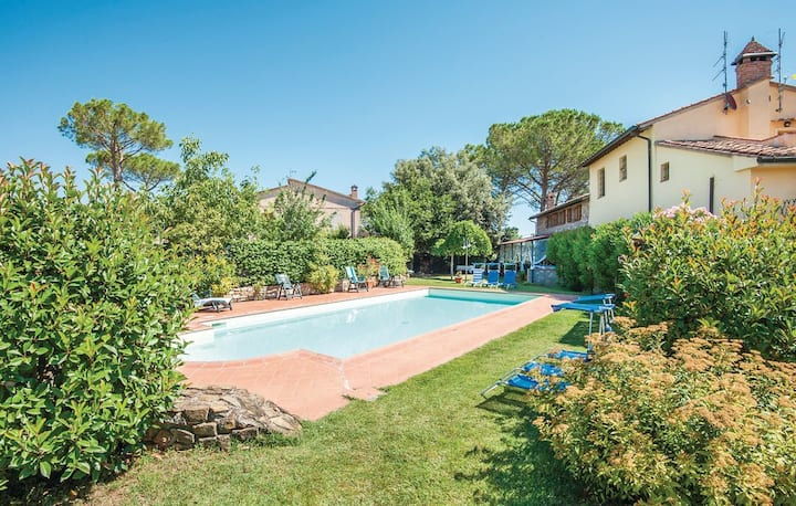 CHARMING TRASIMENO LAKE VILLA