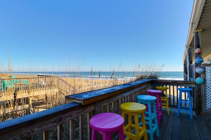7043 Awesome View * Oceanfront * Walk to Fishing Pier & Restaurant