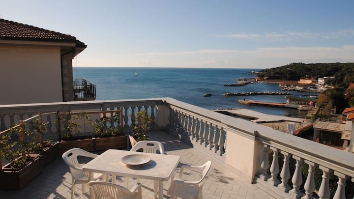 With a beautiful sea view terrace - V.F. bilo mare