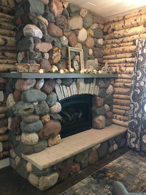 """Stonehaven Cottages  """"The Birchview Suite"""""""