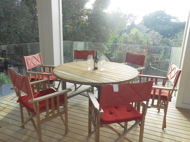 Semi independent Apartmt, Central, Private, Bush 2 - Auckland - Ev