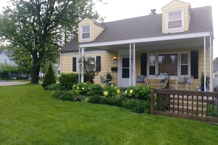 Grove City/Columbus Breakfast! , 3 beds & bathroom