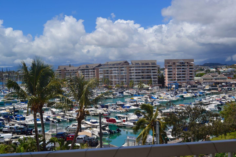 la vue sur mer depuis la terrasse