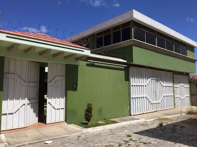Casa grande en alquiler