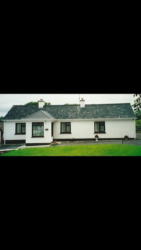 Daffodil Cottage on the Wild Atlantic Way