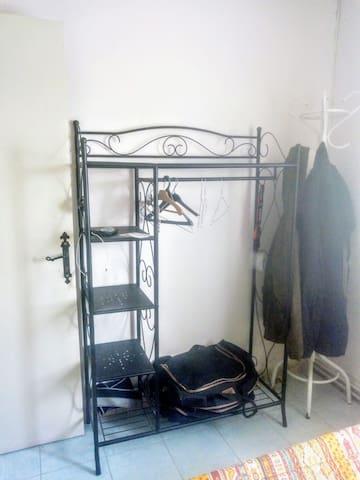 Petite chambre à Béziers