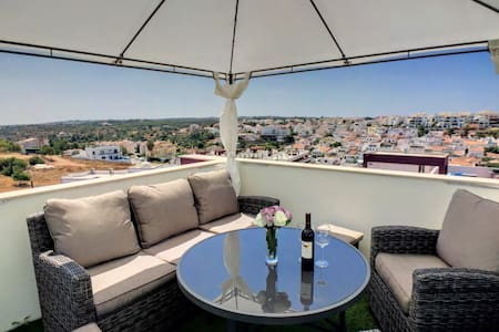 Apartment Alpha - 2 bedrooms, private roof terrace