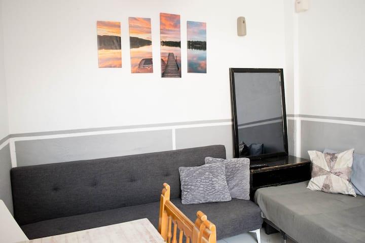 Economical Big Bedroom MERCED +wifi+900m PLAYA