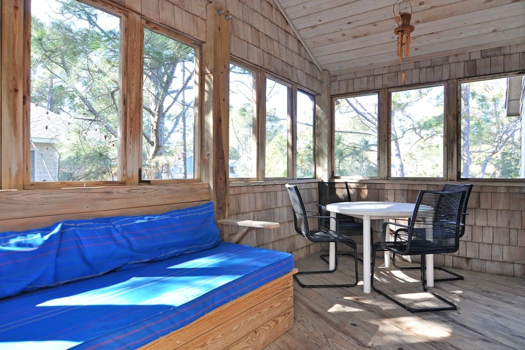 CL718: Dunewood | Top Level Screened Porch