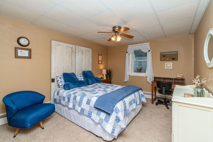 Pine Hill Acres - North Bedroom