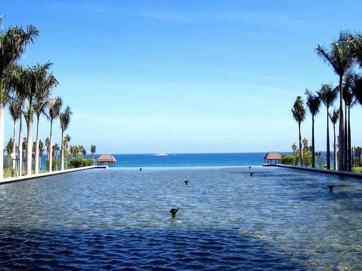 三亚亚龙湾红树林度假酒店 豪华园景房 一线海景