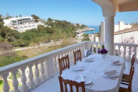 Fantástica casa frente al mar. - Illes Balears