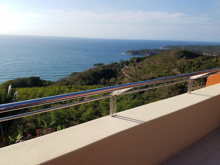 Spectacular Ocean View Condo 506