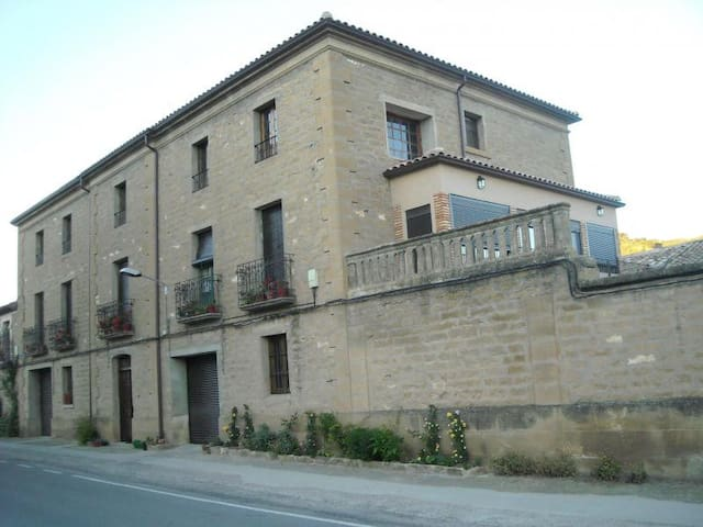 Casa Carrera 2 - Biscarrués - House