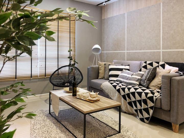 Plush & Lux 2BR Suasana Suites 2 in JB