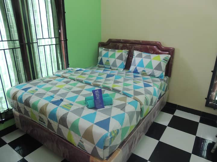 City View Room with Breakfast at Fresh Homestay
