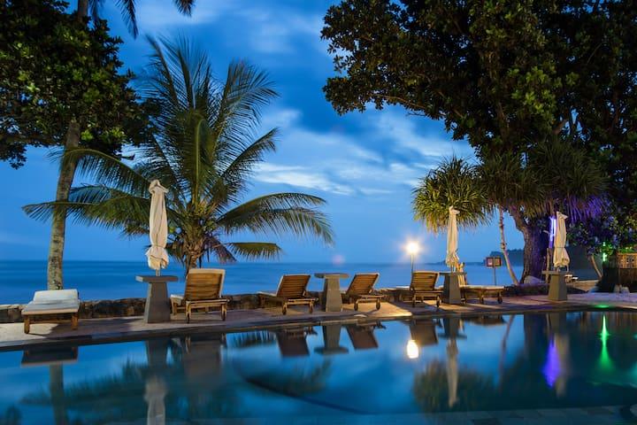 Pondok Pitaya : Hotel, Surfing & Yoga