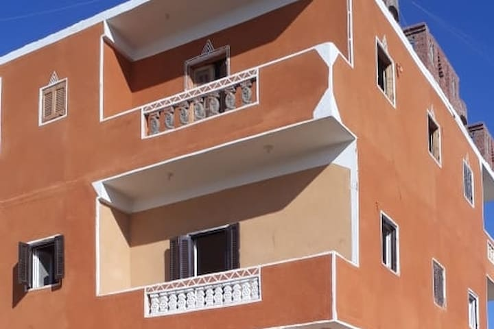 Flat 1 min from Bus & tourist information office