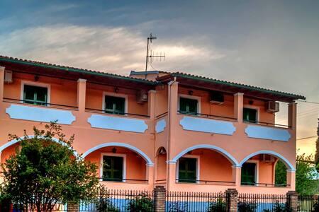 Napoleon Apartments 5 persons - Gouvia - อพาร์ทเมนท์