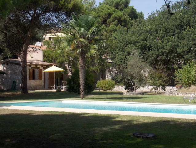 Maison de charme et sa belle piscine - Bonifacio - Semesterboende