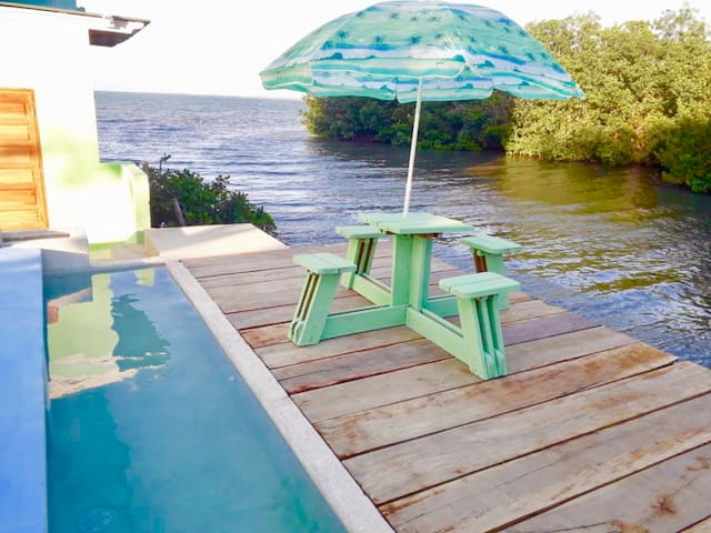 See Belize SEA VIEW RELAXING 1BR w POOL & DECK