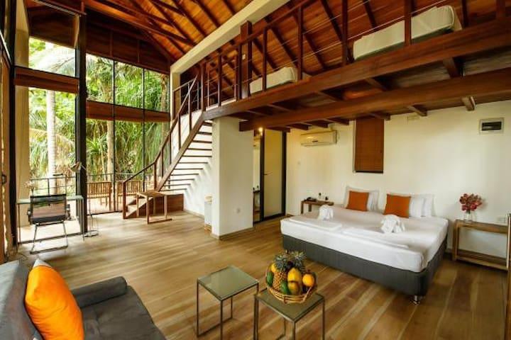 Palm Paradise Family Villa