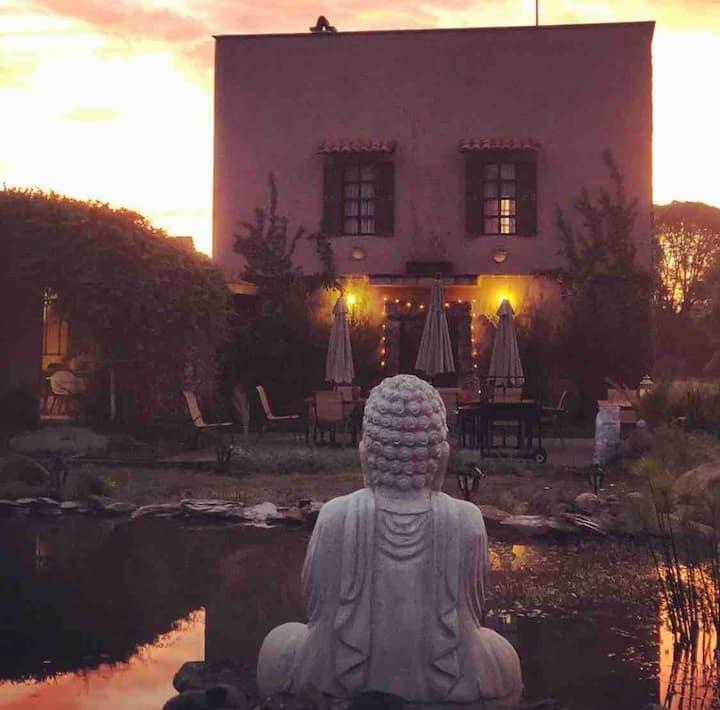 Casa María Campiña: yoga, masajes, temazcal